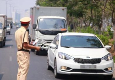 Trong thời gian giãn cách, giấy phép lái xe hết hạn thì sao?